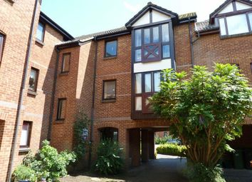 Thumbnail 2 bed flat to rent in Farriers Road, Epsom