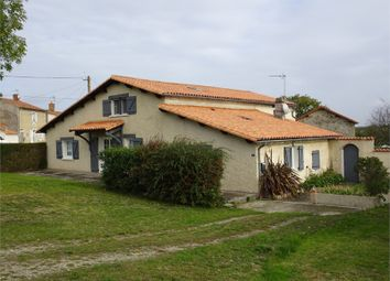 Thumbnail 3 bed property for sale in Poitou-Charentes, Deux-Sèvres, La Peyratte