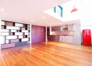 Thumbnail 1 bed flat to rent in Cassland Road, London
