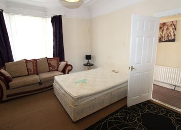 Thumbnail 2 bed flat to rent in Westbourne Avenue, Gateshead