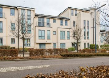 Thumbnail 2 bedroom flat for sale in Springhead Parkway, Northfleet, Gravesend