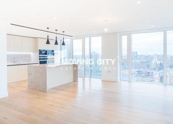 Thumbnail 3 bed flat to rent in Admiralty House, London Dock