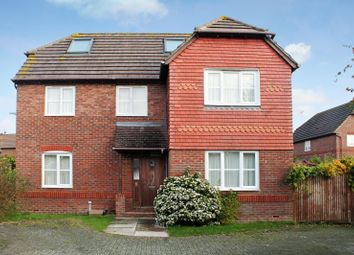 Thumbnail 6 bed property to rent in Sparrow Way, Burgess Hill