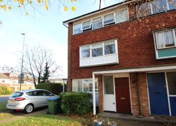 Thumbnail 2 bed maisonette for sale in Mountwood, West Molesey
