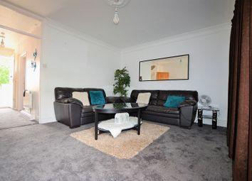 3 bed maisonette to rent in Bookham Court, Mitcham, Surrey. CR4
