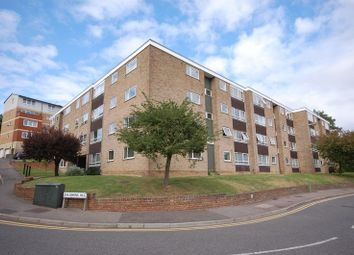 Thumbnail 2 bed flat to rent in Solomons Hill, Rickmansworth