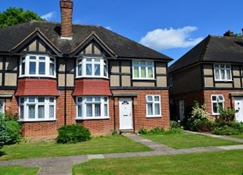 2 bed maisonette to rent in Tregenna Close, Chase Road, London N14