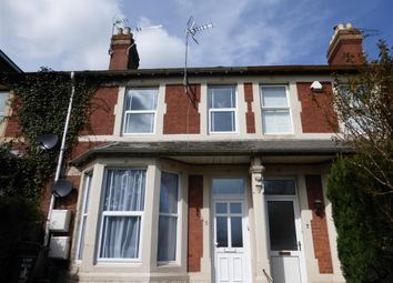 Thumbnail 1 bedroom flat to rent in Clifton Terrace, Taunton