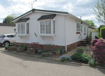 Thumbnail 2 bed mobile/park home for sale in The Ridings, Willlows Riverside Park, Windsor, Berkshire