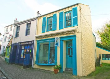 Thumbnail 3 bed town house for sale in Victoria Street, Alderney