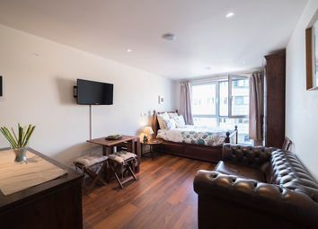 Thumbnail 1 bedroom flat for sale in 213 Townmead Road, London