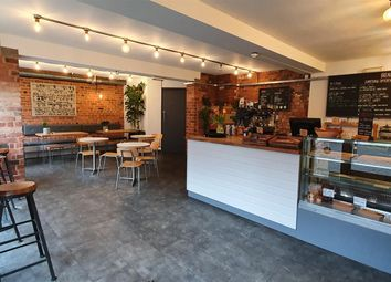 Thumbnail Restaurant/cafe for sale in Cafe & Sandwich Bars LS11, Holbeck, West Yorkshire