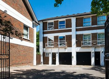 Thumbnail Town house to rent in Belsize Grove, London