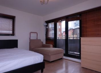 3 bed shared accommodation to rent in Hawgood Street, London E3