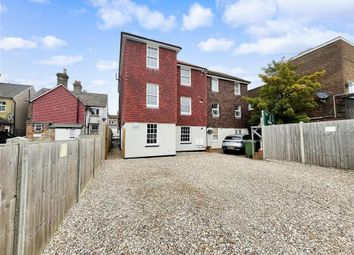 Thumbnail Flat for sale in High Street, Horley, Surrey