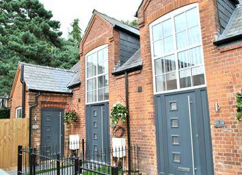 Thumbnail 1 bedroom terraced house to rent in Alexandra Road, Farnborough