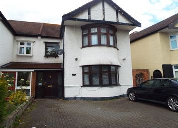 Thumbnail 3 bed property to rent in Sunnymede Drive, Ilford