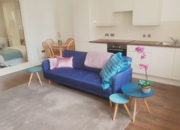 1 bed flat to rent in Queen Avenue, Dale Street, Liverpool L2