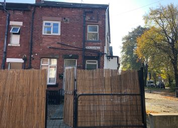 Thumbnail 3 bed flat to rent in Spencer Place, Leeds
