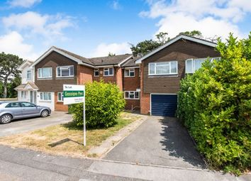 3 bed property to rent in Easington Place, Guildford GU1