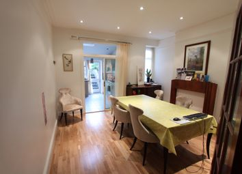 Thumbnail 4 bed flat to rent in Stanhope Avenue, Finchley Central, London