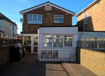 Thumbnail 2 bed flat to rent in North Road, Southall