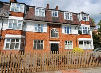 2 bed flat to rent in East End Road, East Finchley N2
