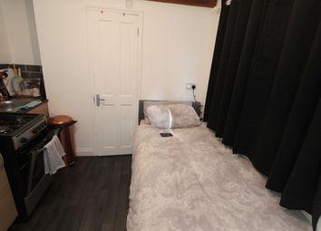 Thumbnail Studio to rent in Studio 2, Hamstead Hill Road, Birmingham