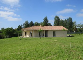 Thumbnail 4 bed detached house for sale in Midi-Pyrénées, Gers, Gazax Et Baccarisse