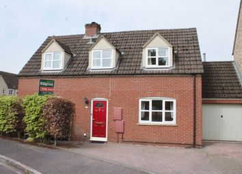 3 bed link-detached house for sale in Perrinsfield, Lechlade GL7