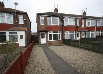 Thumbnail 2 bed property to rent in County Road South, Hull