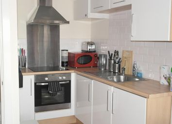 Thumbnail 1 bed flat for sale in Old Harbour Court, Hull