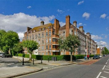 Thumbnail 5 bed flat to rent in Queens Crescent, London