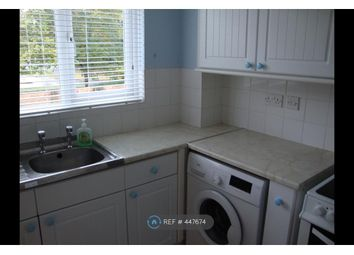 Thumbnail 2 bed flat to rent in Hallington Close, Woking