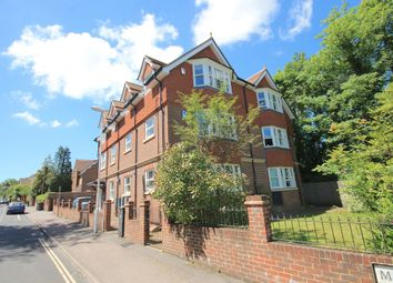 Thumbnail 1 bed flat to rent in Maypole Road, East Grinstead