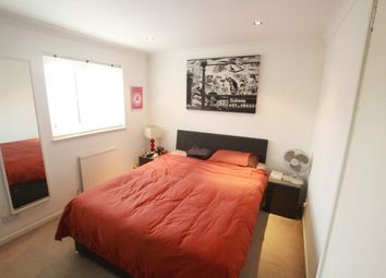 3 bed shared accommodation to rent in Lavender Road, Rotherhithe SE16
