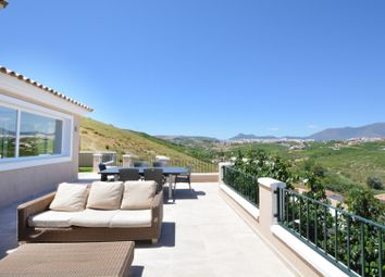 Thumbnail 4 bed town house for sale in Spain, Andalucia, Manilva, Ww790