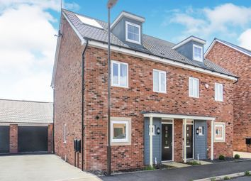Thumbnail 3 bed town house for sale in Meacham Meadow, Wolverton, Milton Keynes