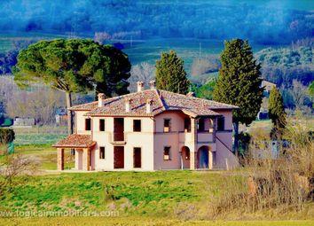 Thumbnail 4 bed villa for sale in S.P. 301, Castiglione Del Lago, Umbria