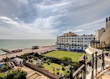 Thumbnail 2 bed flat for sale in Courtenay Terrace, Hove