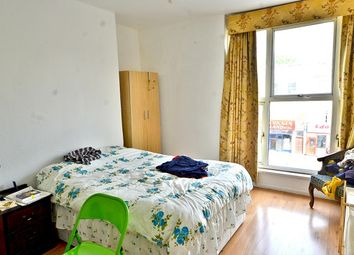 Thumbnail 3 bedroom maisonette to rent in Caledonian Road, Islington