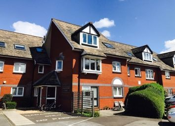 Thumbnail 1 bed flat to rent in Commodore Court, Captains Place, Southampton