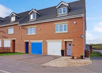Thumbnail 3 bed town house for sale in Violet Close, Castleford