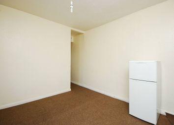 2 bed maisonette to rent in Hawks Road, Kingston, Kingston Upon Thames KT1