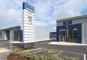 Thumbnail Warehouse to let in Unit 7 Trade City, Western Road, Bracknell