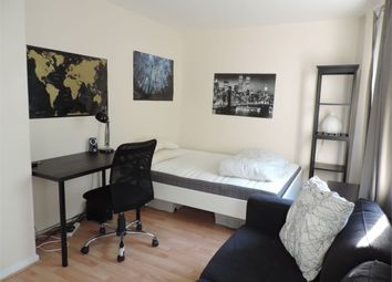 Thumbnail 3 bedroom flat to rent in Nelson Square, London