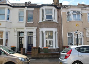 Thumbnail 1 bed flat to rent in Skelton Road, London