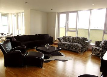 Thumbnail 3 bed flat to rent in Western Harbour Way, Edinburgh