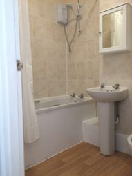 Thumbnail 1 bed flat to rent in Cowley Road, Oxford