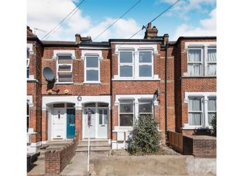 2 bed maisonette for sale in Sellincourt Road, Tooting SW17